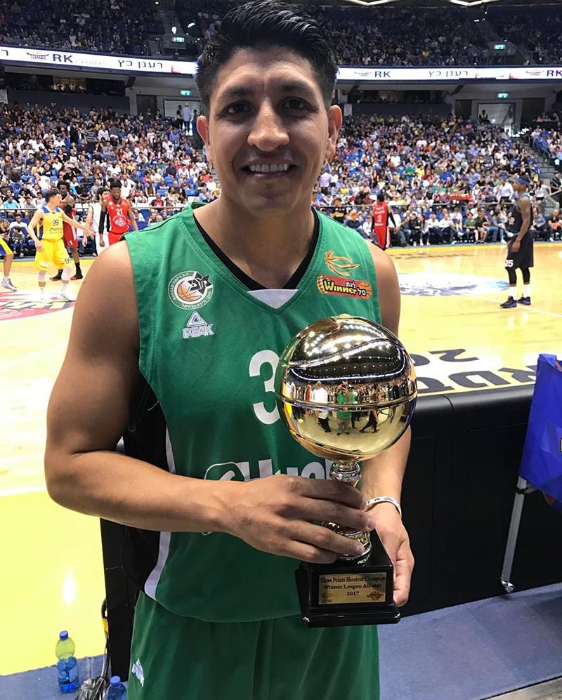 Orlando Méndez Valdez rey del triple en la Winner League FOTO 2