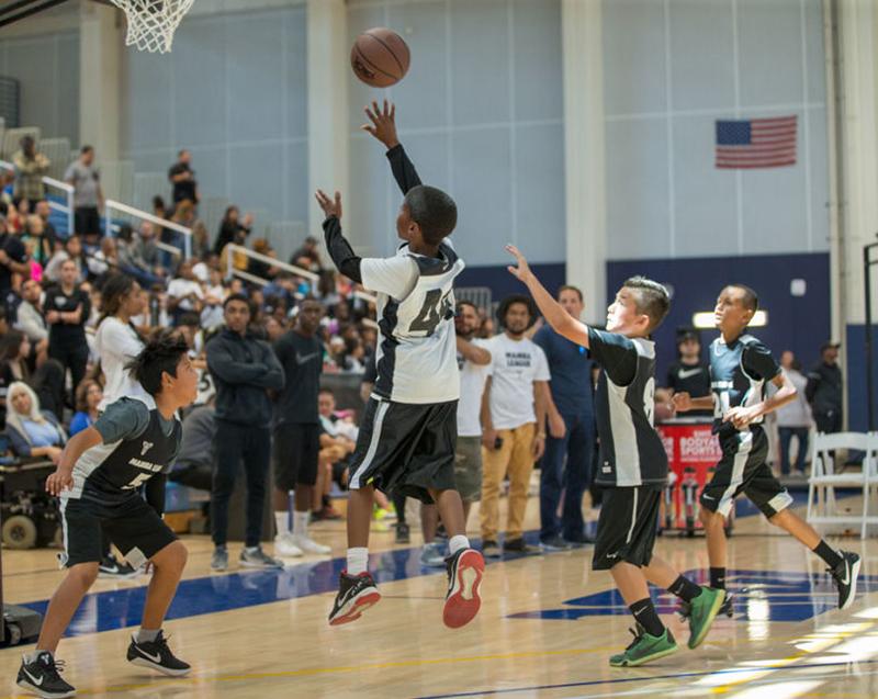Kobe Bryant y Nike lanzan la Mamba League foto 3