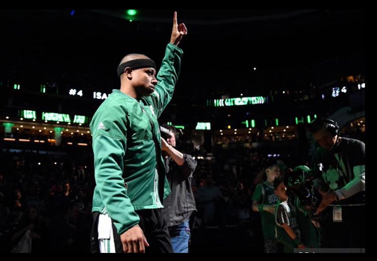 El mundo del basquetbol mandó sus condolencias a Isaiah Thomas