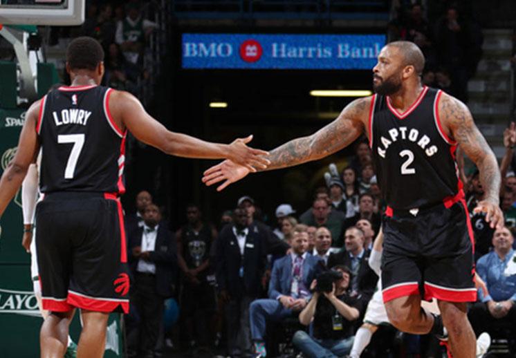 Los Raptors ganaron en seis juegos a los Bucks