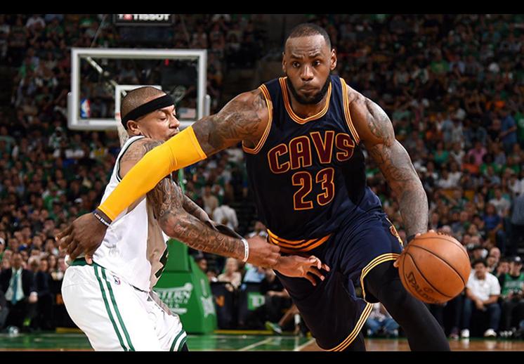 Los Cavs arrollaron a los Celtics