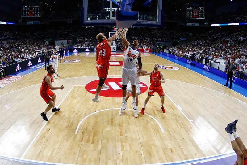 Valencia Basket empata la final de la Liga Endesa foto 2