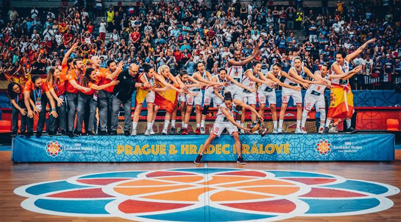 España campeona del Eurobasket femenil 2017 foto 1