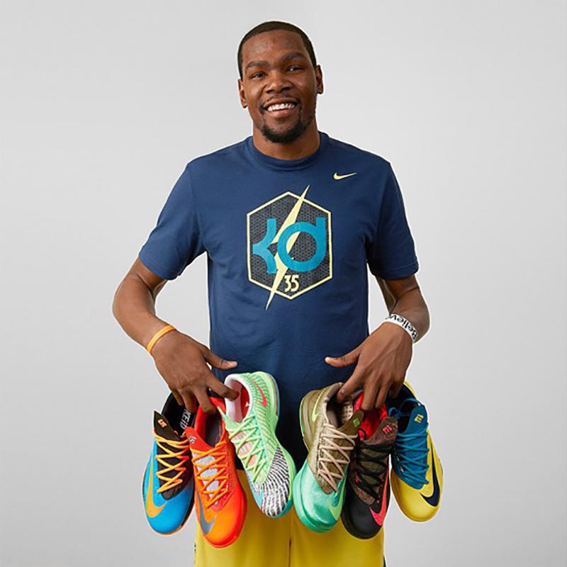 Kevin Durant. Nike ($25 millones de dólares)