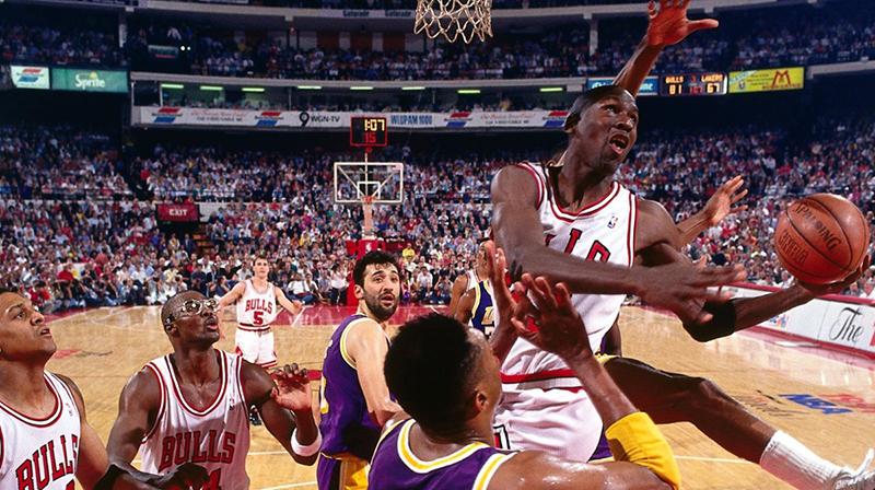 En 1991, los Chicago Bulls llegaron por primera ocasión a una final de la NBA en la era Jordan.