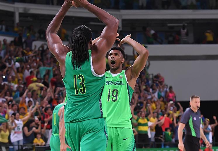 FIBA levanta sanción a Brasil y advierte a México