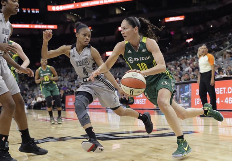 Sue Bird entra al Top Ten de la WNBA