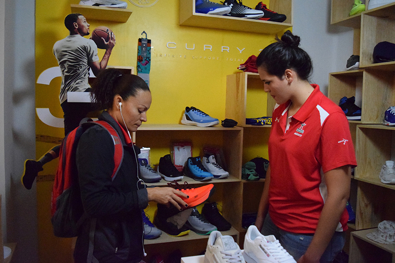 SNKR LAB le dio un regalazo a las seleccionadas mexicanas de basquetbol foto 3