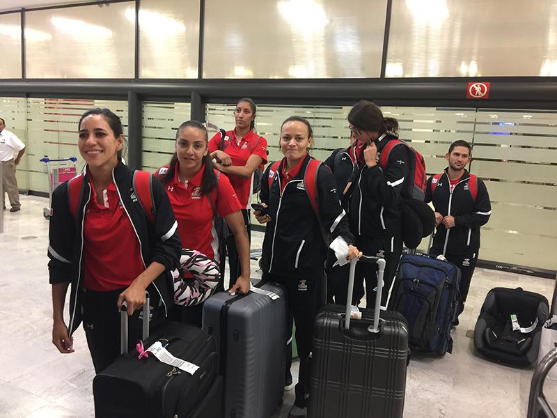 Feliz regreso a casa de la Selección Femenil de Basquetbol
