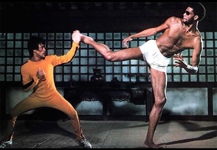 Bruce y Kareem, catedra de artes marciales