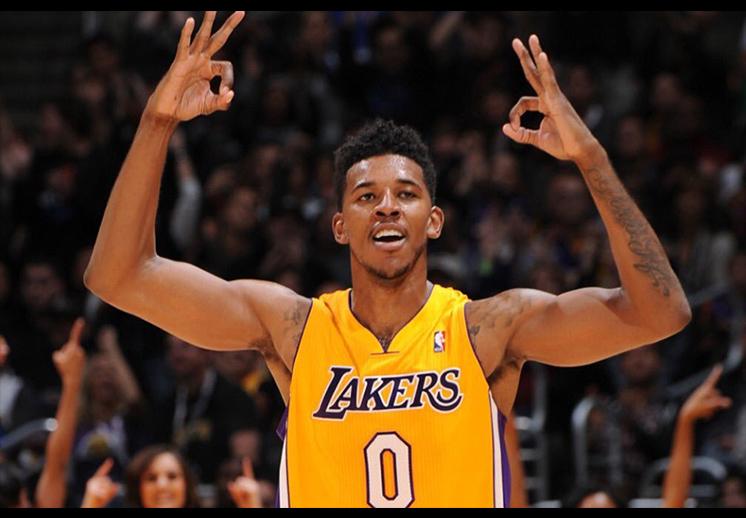 thumbnail. Los Warriors firmaron a Nick Young