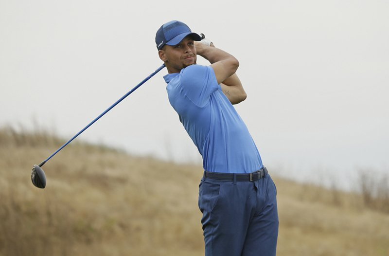 Stephen Curry cerca de hacer historia en el golf