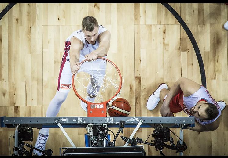 Las mejores clavadas del Eurobasket
