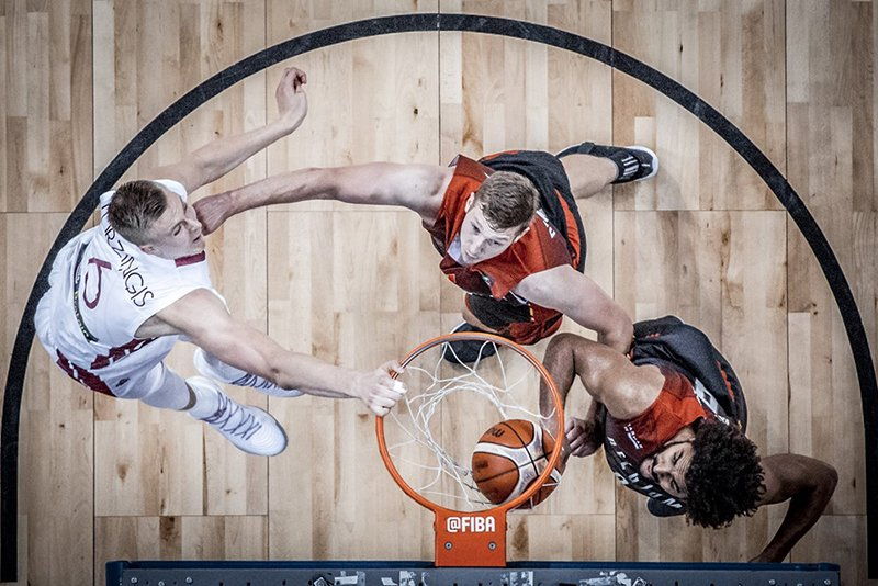 Los Gasol y Porzingis arman show en el Eurobasket foto 2