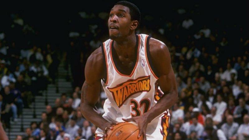 Joe-Smith es uno de Uno de Los jugadores que han jugado en más equipos de la NBA.