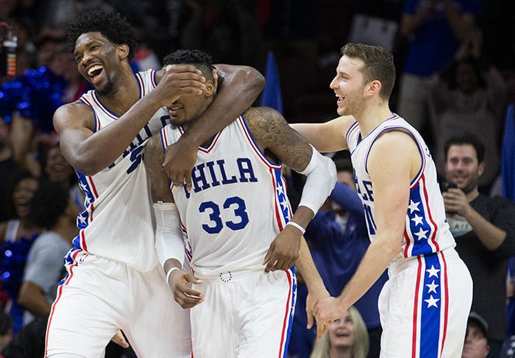Dr. J mandó buena vibra a los 76ers