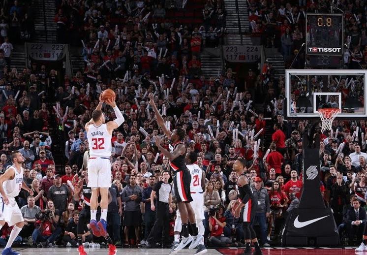 Blake Griffin toma el mando en los Clippers