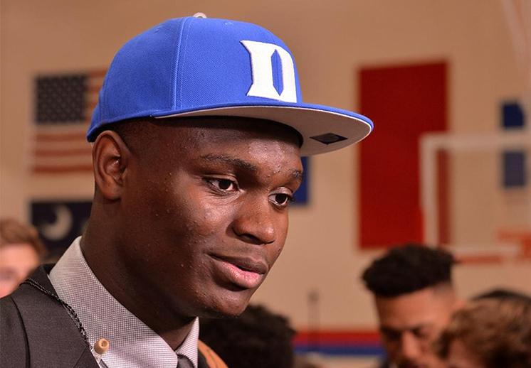 Un monstruo de la duela llega a Duke