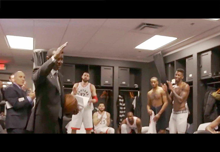 "La parodia de los Raptors a ""The Office"""