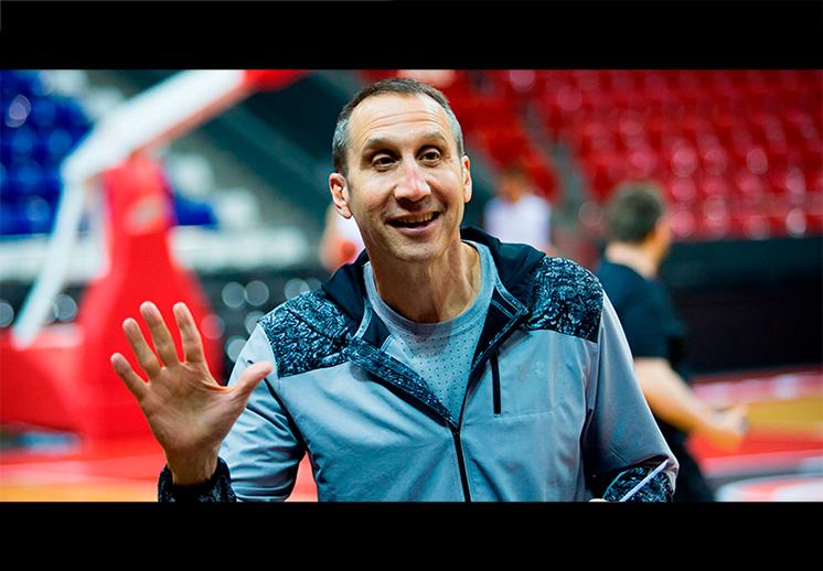 Los Knicks viajarán a Europa en busca de un nuevo coach