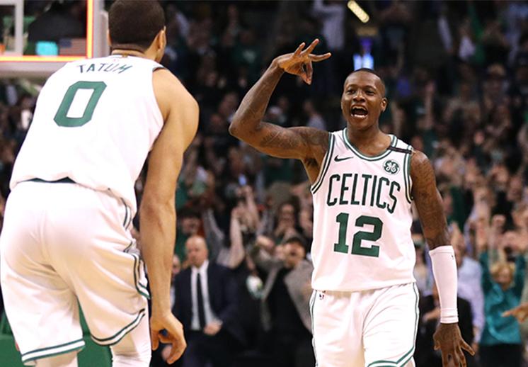 Los Celtics lucharon contra viento y marea