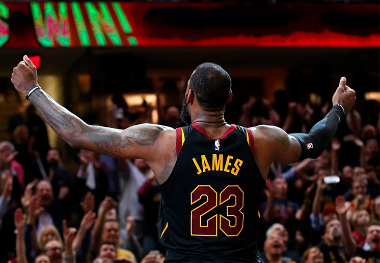 LeBron James contra reloj