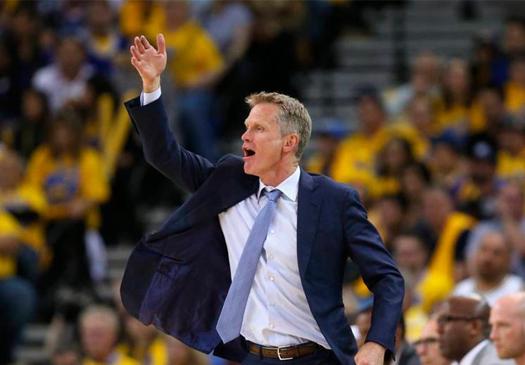 Steve Kerr firmó millonaria extensión con Warriors
