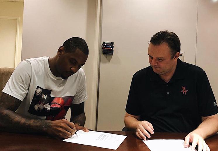Carmelo Anthony ya es de los Rockets