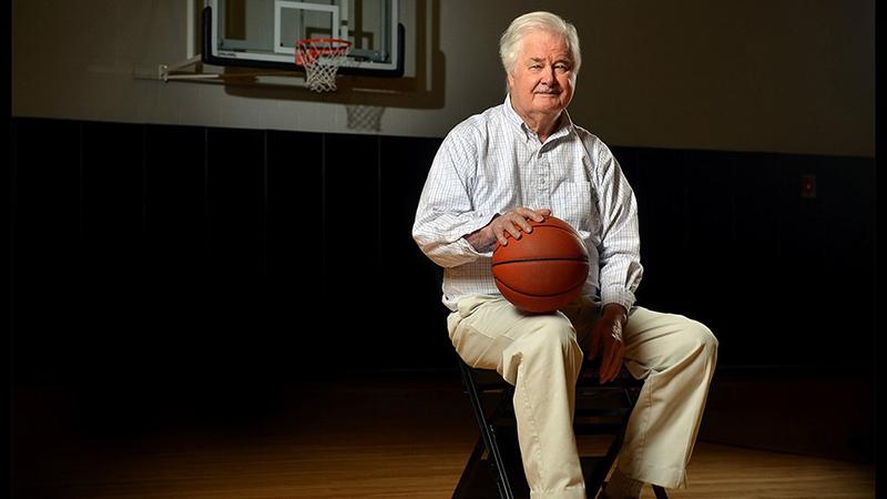 Adiós al genio del basquetbol