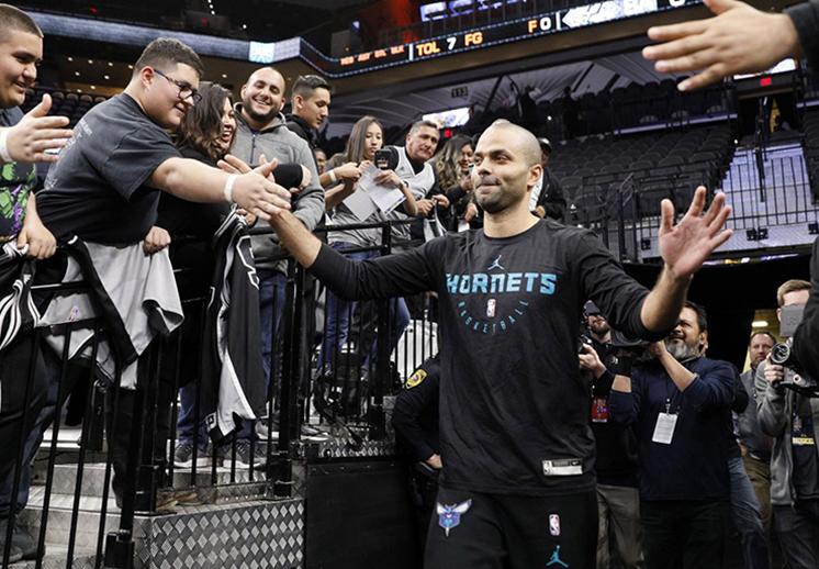 El reencuentro de Tony Parker con los Spurs