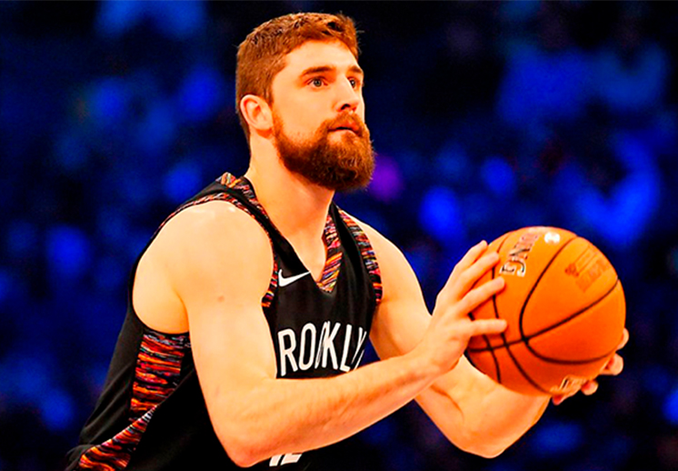 Joe Harris arruinó la fiesta de los Curry