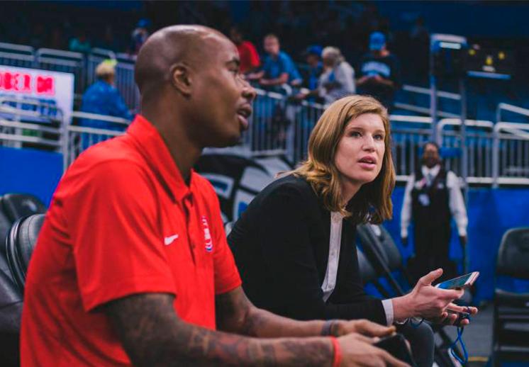 Becky Bonner y otras mujeres en las Operaciones de la NBA