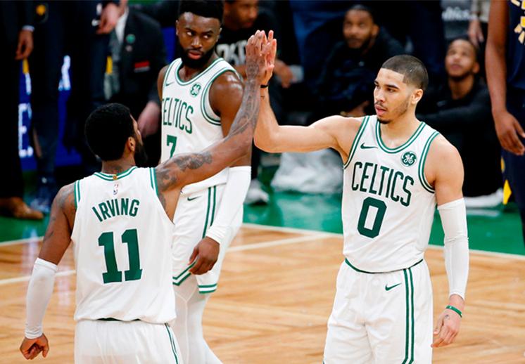 Kyrie y Tatum se lucen con los Celtics
