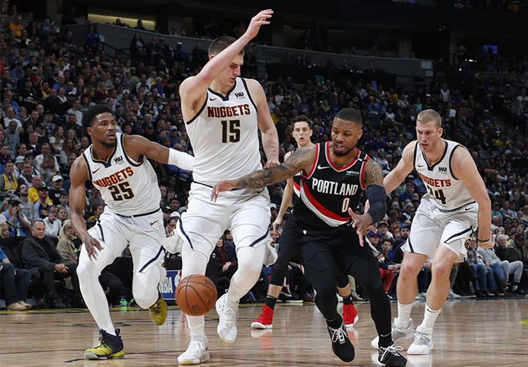 Lunes de batallas de poder en los Playoffs de la NBA