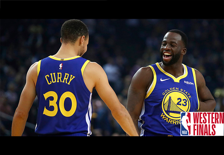 Curry y Green con una noche de triple doble para la historia
