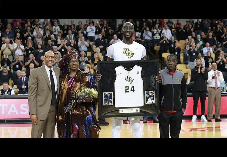 Tacko Fall, el gigante que impresiona al mundo del basquet