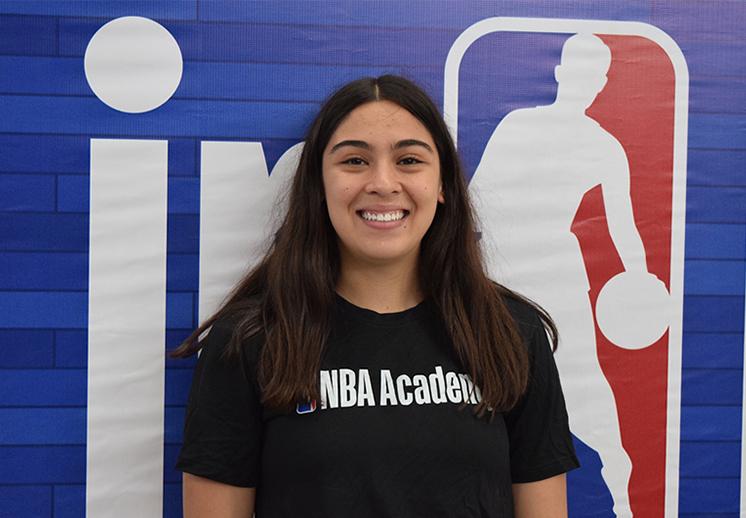 Sofía Payán a triunfar en el basquetbol colegial mexicano