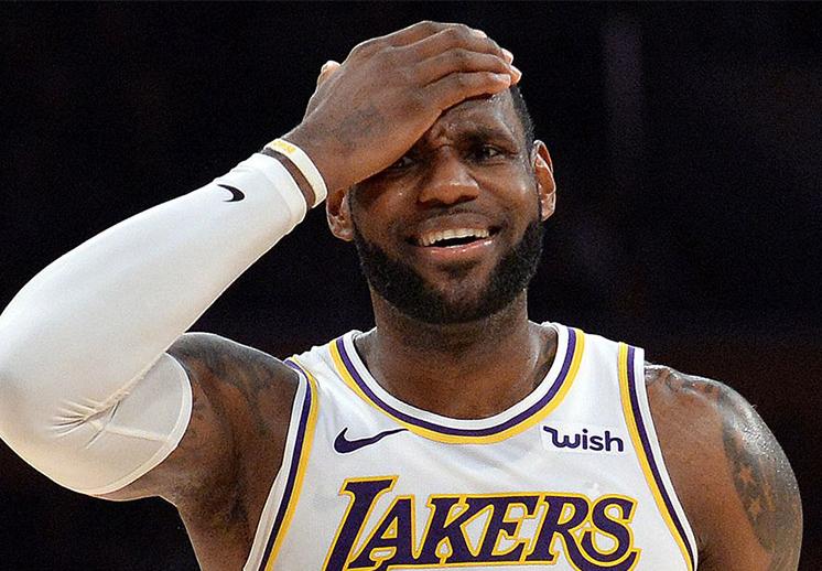 Se encienden las alarmas en el cuartel de los Lakers