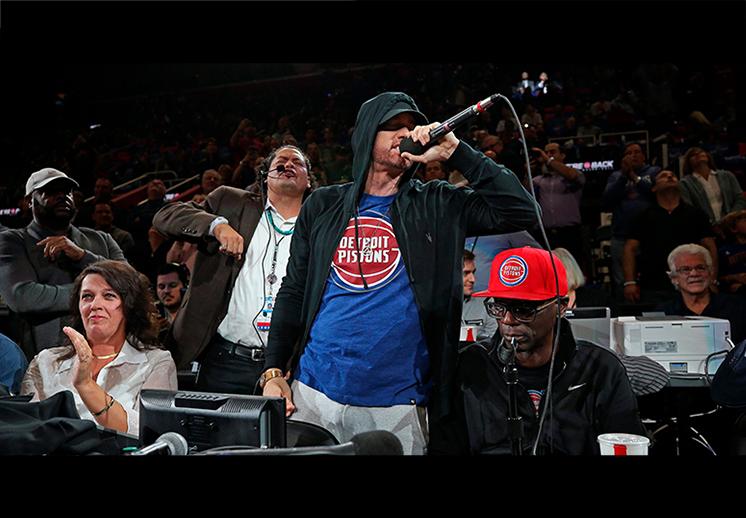 Eminem, un rapero apasionado por el basquetbol