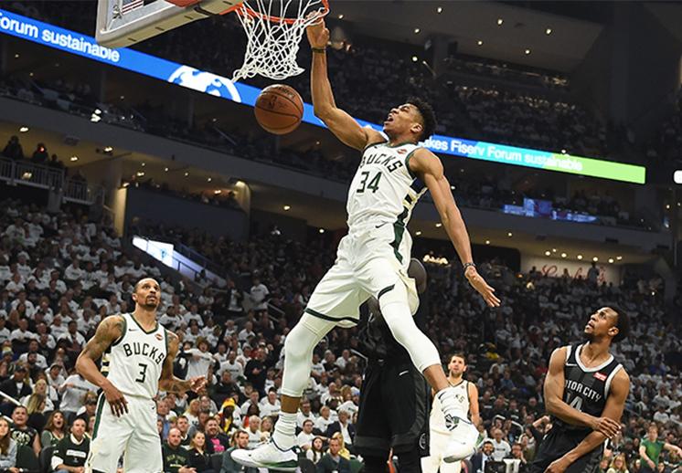 Las mejores 100 clavadas en la NBA
