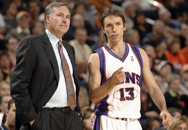 Steve Nash lleva refuerzos a los Nets