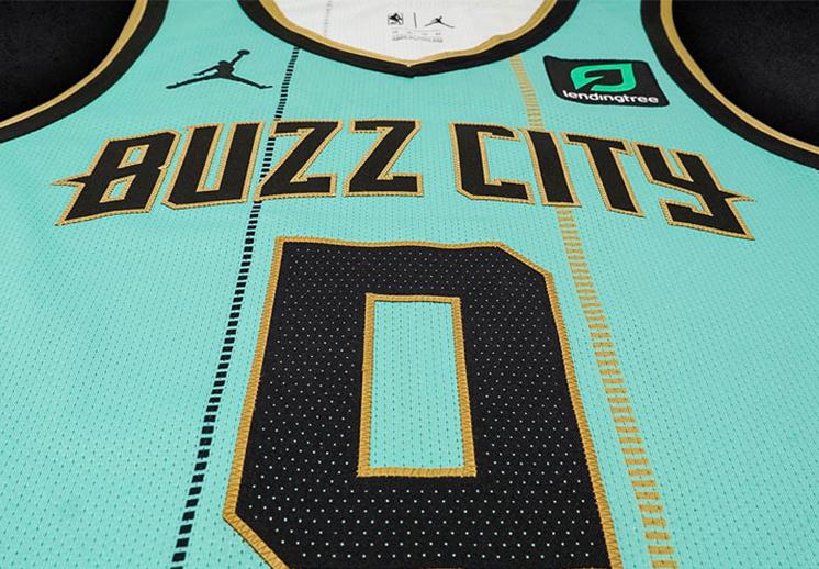 El jersey City Edition de los Hornets