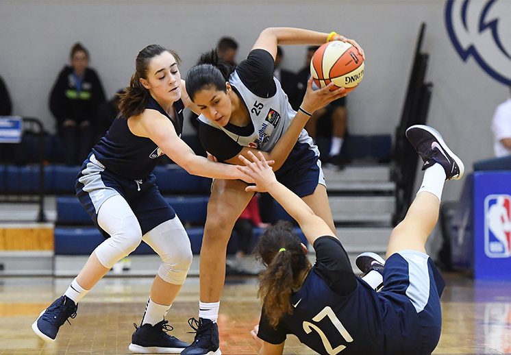 Mariana Valenzuela, orgullo de NBA Academy Women's Program