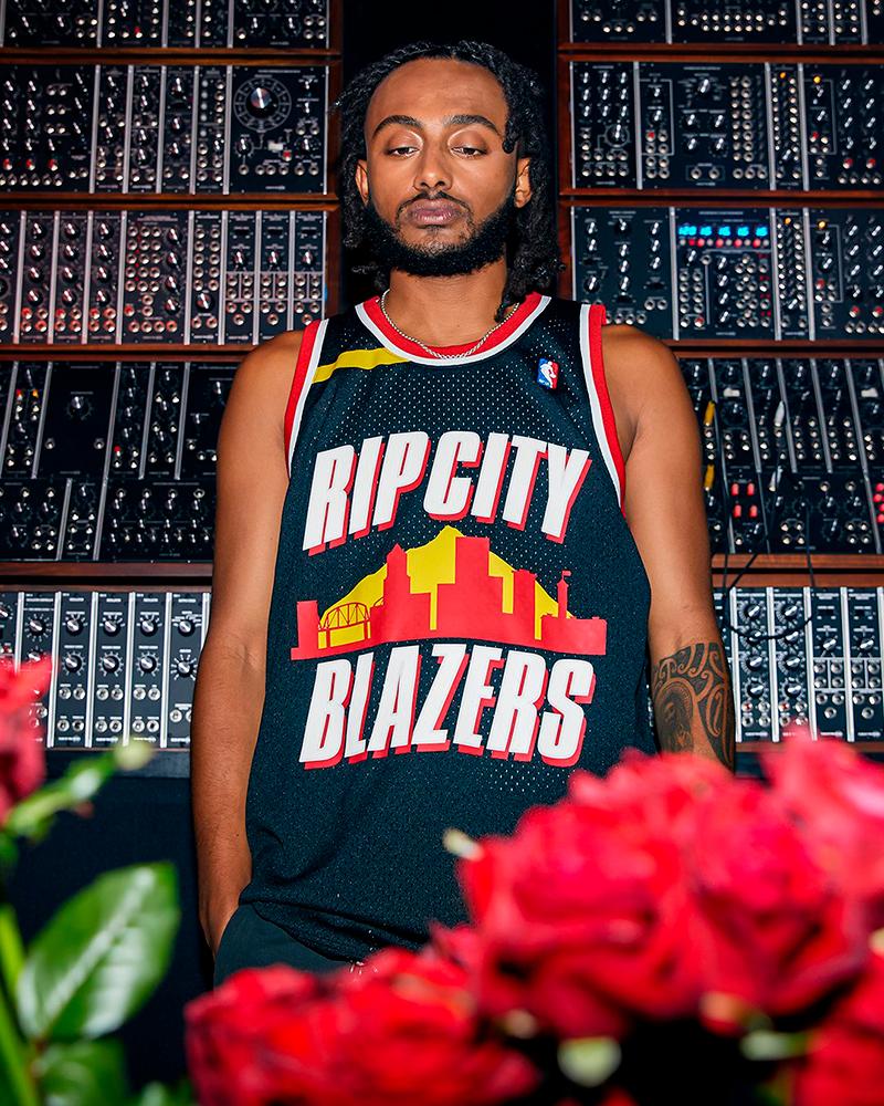 Jerseys de basket diseñados por raperos 1