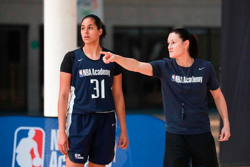 Mariana Valenzuela, orgullo de NBA Academy Women's Program 1