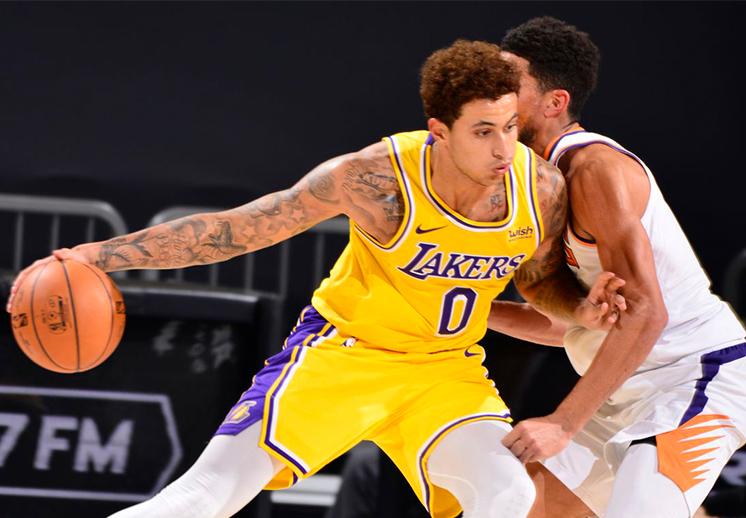 Los Lakers lucen su quinteto de lujo