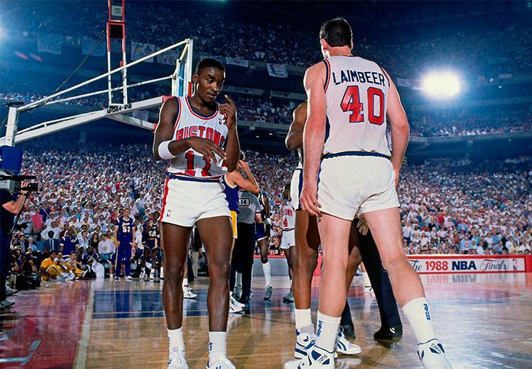 Los Pistons de Detroit presentaron su calendario con sneakers
