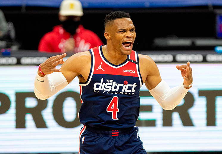 Russell Westbrook con un triple doble en su debut con los Wizards