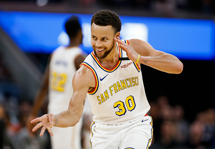 Stephen Curry y sus 105 triples seguidos