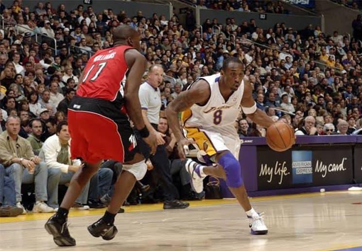 Las estrellas de la NBA y los 81 puntos de Kobe